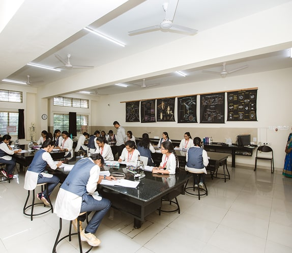 Science Lab Session in the Best PU College in Bangalore