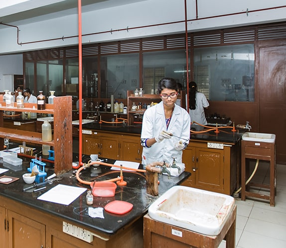 Science Laboratory of NMKRV College