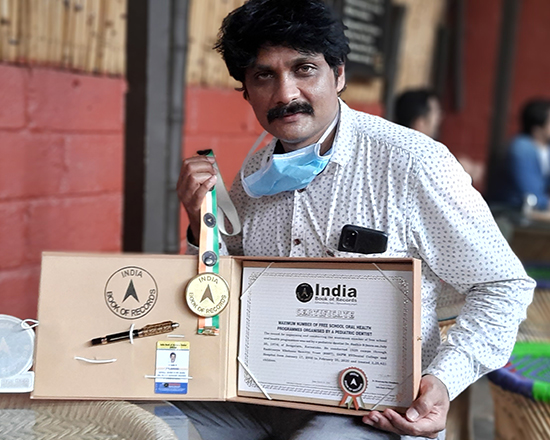 Dr. Sudhir of RV Dental College got recognised by Indian Book of records
